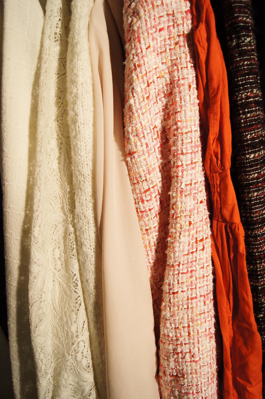 7936c5f2c90 Nu vil jeg prøve rent faktisk at vælge et outfit ud (kan rose min  garderobes ...